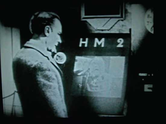 Videofone em cena de Metropolis, de Fritz Lang (1927)