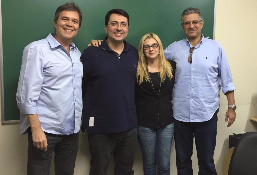 Na foto, Luiz Agner, Eduardo Ariel, Camila Teixeira e Claudio Ribeiro, em defesa de dissertação na UniRio.